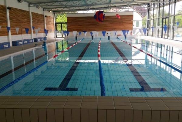 Bassin de natation corbeilles en gatinais 45 eau air - Piscine municipale de bonnevoie toulon ...
