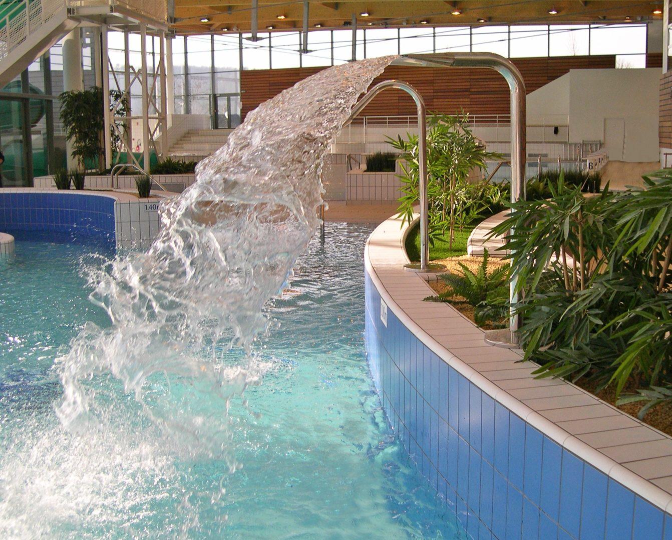 Piscine intercommunale trie chateau 60 eau air syst me for Piscine chateau d eau reims